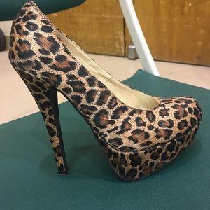 Forever 21 Leopard Print 4 inch Heels