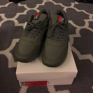 """Air max 1 """"patches"""" steel green aka olive"""
