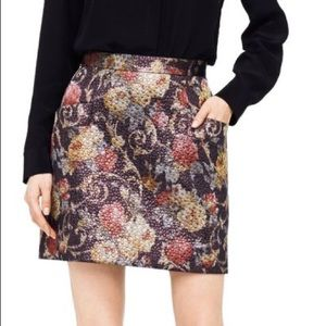 NWT Club Monaco Claudia Brocade skirt size 4