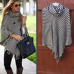 Sweaters - Perfect Fall Poncho