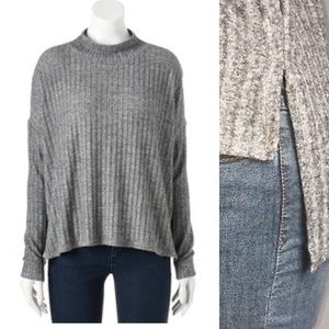 🆕Juicy Couture Ribbed Mock Neck Sweater Size XL
