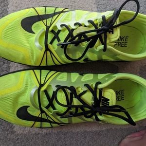 Nike free, cross compete, womens size 9.