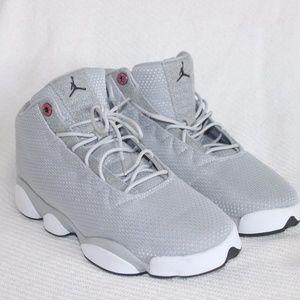 Brand new Nike Jordan Horizon Low gray size US 8