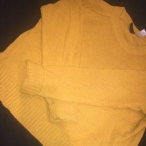 Pullover Mustard Sweater