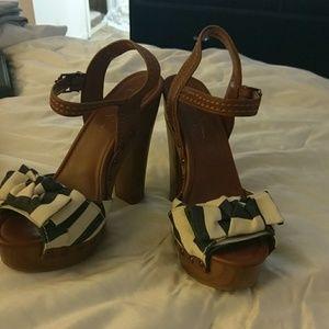 Jessica Simpson Platform Heels NWOT