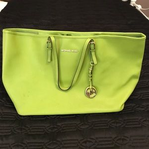 Michael Kors Jet Set Tote | Green