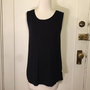 Old navy black muscle T-shirt open back