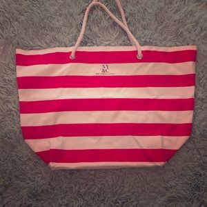 ⚡️New York & Company⚡️ Red/Pink and White Tote