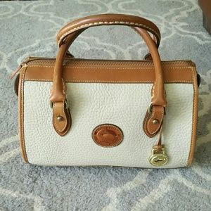 Dooney & Bourke ivory leather hand bag