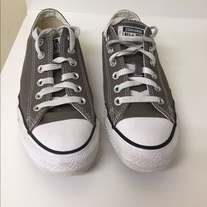 Great condition. Converse shoes. Size 8