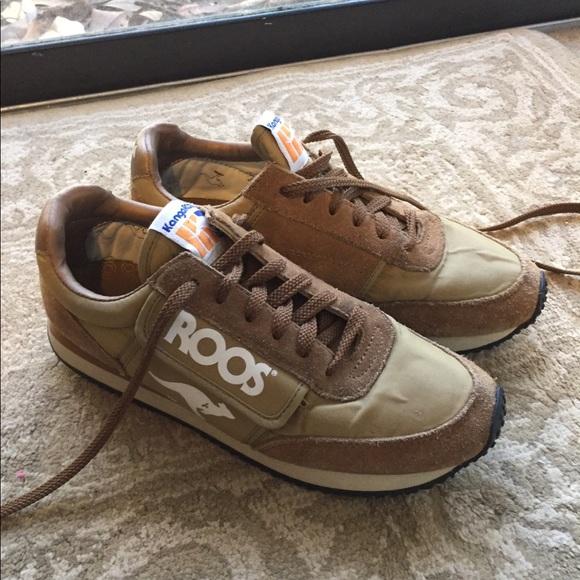 KangaROOS Woman\u2019s Pocket Zipper Athletic Shoes!