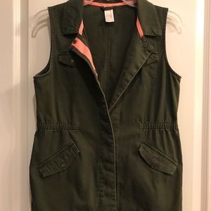 Other - Vest, Army Green w/Peach 🍑Accent