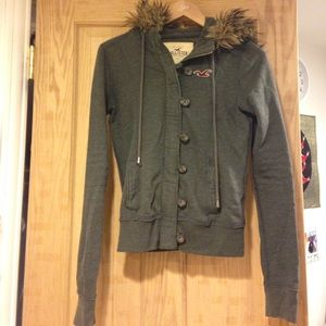 Hollister hoodie with faux fur on hood. Size XS