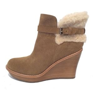 9748db6e0b95 UGG Shoes - UGG ANAIS Wedge Ankle Boots Booties NWOB
