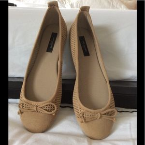 Ann Taylor 7.5 perfect suede ballet flat NEW