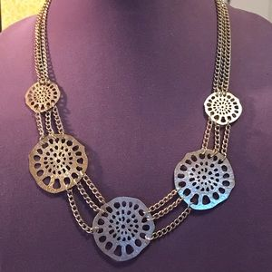 3 for $10 jewelry. Pretty Gold tone necklace