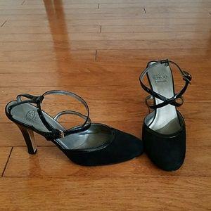 Circa Joan&David  suede heels
