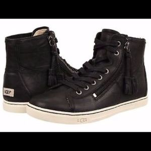 UGG Womens Blaney Leather Sneaker
