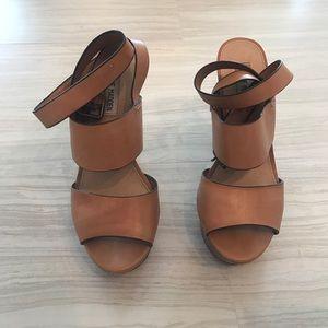 Steve Madden Nude/Brown platform ankle strap heel