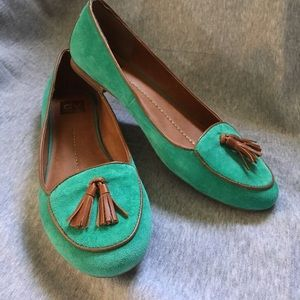 Dolce Vita Green Loafers Women's Size 11