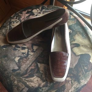 NWOB Enzo Angiolini Fabric & Leather Loafer