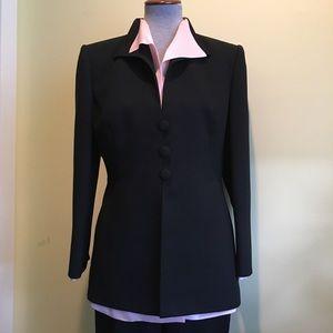 Gorgeous Liz Claiborne Suit