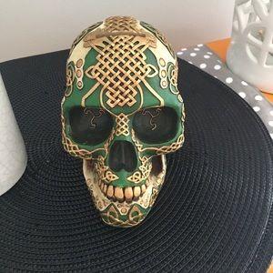 Skull bank or decor.