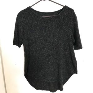 Comfy tee, with slits on the side.