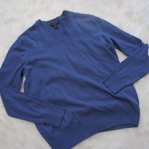 Banana Republic v neck merino wool XL sweater