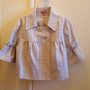 Elle Gray and White Ruffle Capelet Top Large