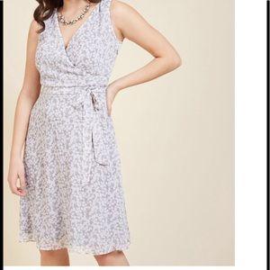 NWT ModCloth camera flash wrap dress