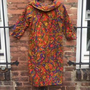 Incredible 1960s knot dress with paisley pattern!