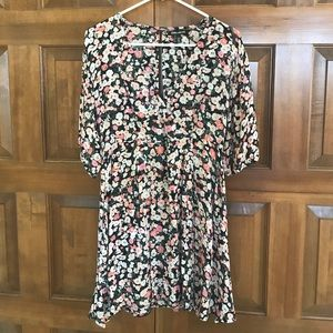 Billabong open-back floral dress