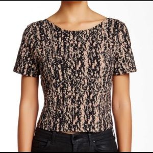 (Theory) Cash Cutout Back Cropped Top Blouse