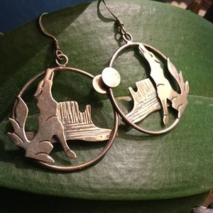 Jewelry - Sterling Silver Southwest Coyote Earrings