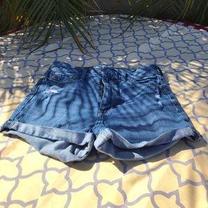 Hollister  Size 0 jean shorts