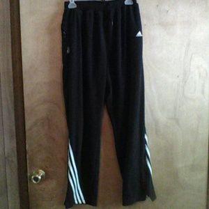 Adidis athletic pants#pockets