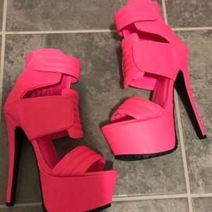 addce764344 Privileged Shoes - Privileged Hot Pink Diva Platform Heels