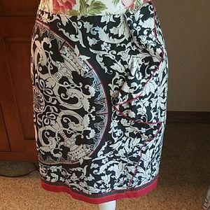 WHBM silk blend pencil skirt with ruffle, EUC