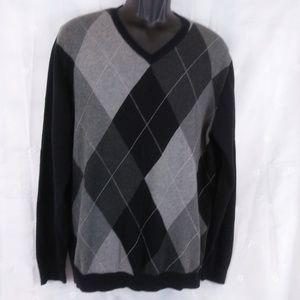 Mens Claiborne V-neck  graphic sweater size M