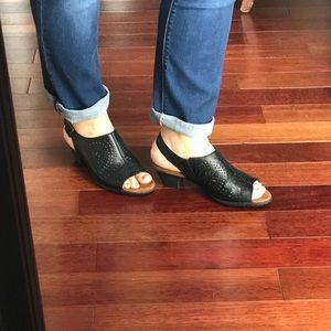 Rockport slingback sandals