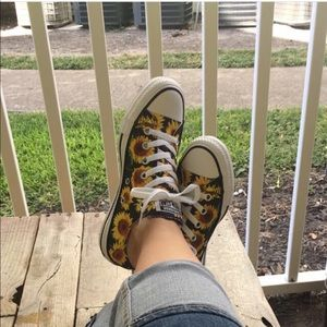 Sunflower Print Converse All Stars