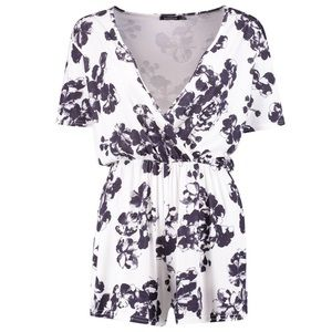 Boho Floral Print Wrap Front Playsuit Boohoo NWT