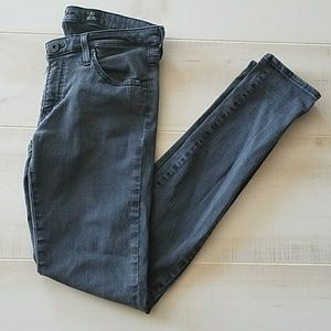 AG/ADRIANO GOLDSCMIED/ LEGGING SUPER SKINNY JEANS