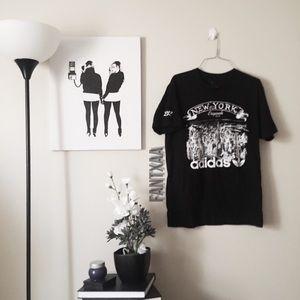 Adidas trefoil new york black and white tee