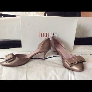 💋NEW Red Valentino kitten heel 38.5