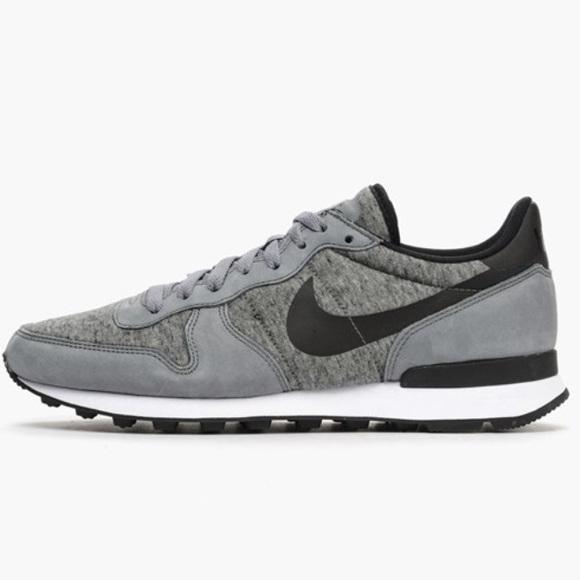 huge discount 54e98 9a1f6 Nike Shoes | Internationalist Tp Cool Gray Black Size 85 | Poshmark