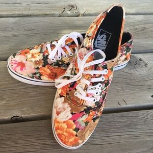 ‼️NWOT‼️ Never Worn Vans Floral Low Pro