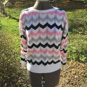 VTG: Adorable Chevron Sweater