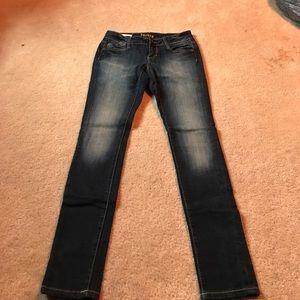 Decree size 3 skinny jeans